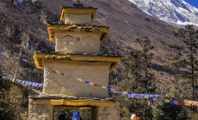 Annapurna Circuit Trek Vs Manaslu Circuit Trek