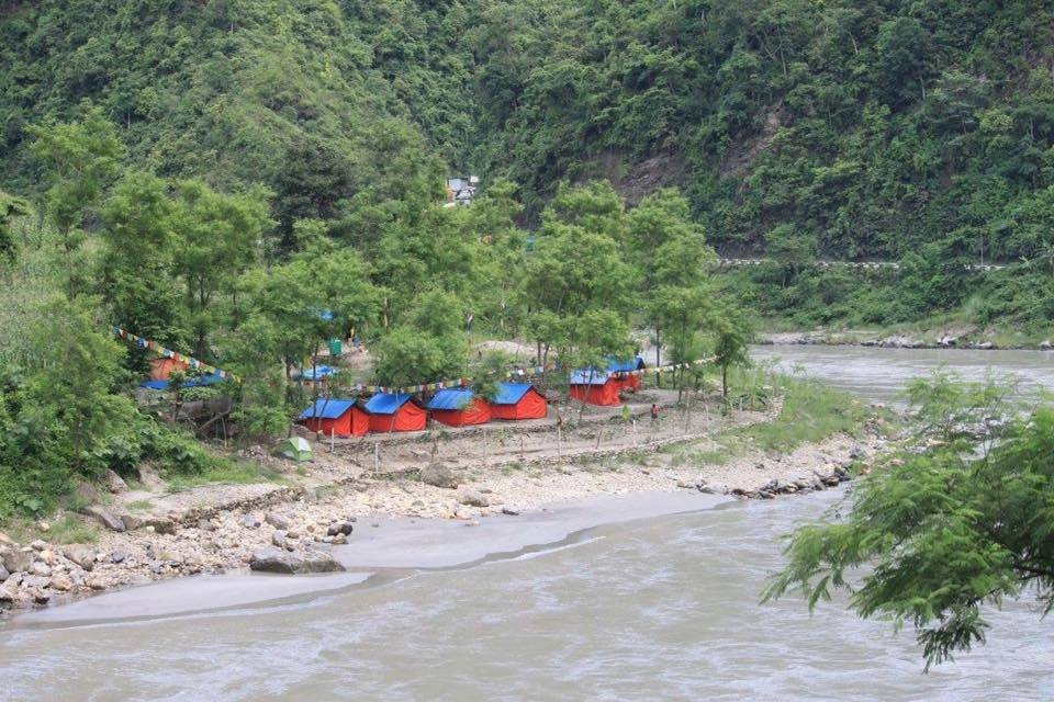 Trishuli Rafting Hotel and Package - Adventure Aves Rafting and Kayaking