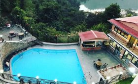 Hotels in Markhu and Chitlang